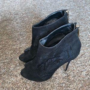 Laced peep Toes Stilettos!